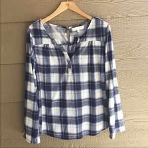 Anthropologie button back plaid flannel top